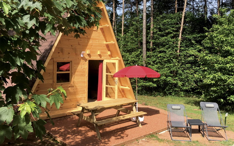 coq rouge camping naturiste
